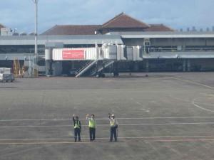 Flight crew waves us farewell